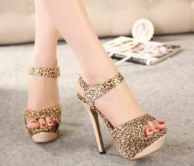 Women's high-heeled sandals with leopard drill press