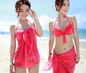 Women bikini three-piece type swimsuit